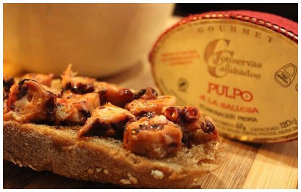 Poulpe à l'huile d'olive présentation - Conserves de Cambados - Galice Espagne