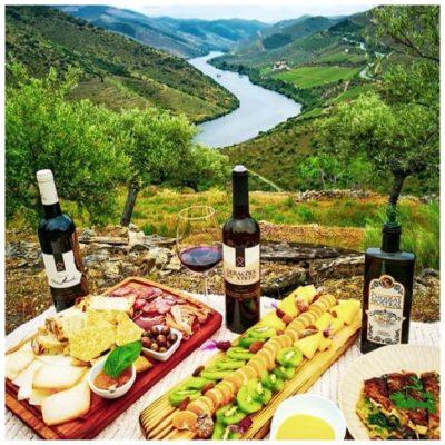 Déjeuner champêtre au bord du Douro - Geraçoes xisto - Vins du Douro Portugal