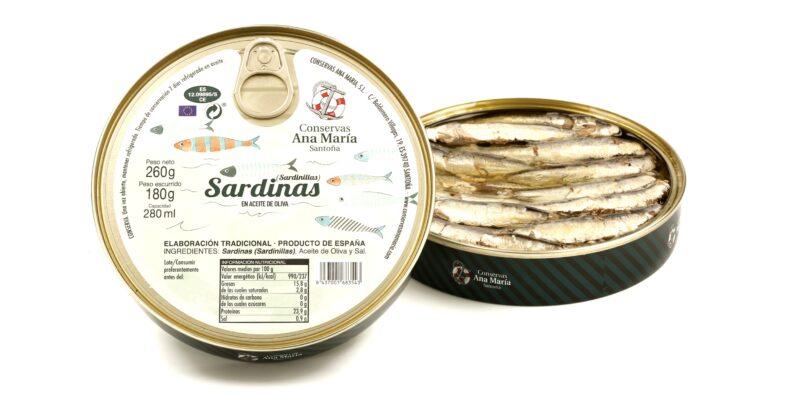 Boites de petites sardines à l'huile d'olive - Conserves Ana Maria - Conserves de la mer de Cantabrie Espagne